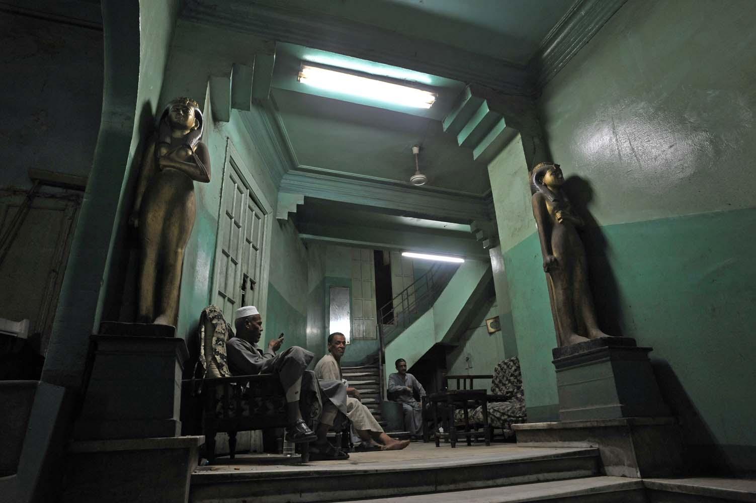 cairo hall Q3